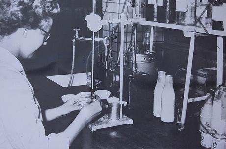 PKU-tautia sairastavien tuotekehitys vuonna 1956