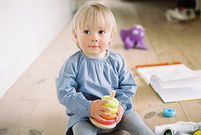 Leikki-ikäinen lapsi ja maitoallergia